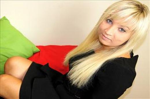 kostenlose sexcam mit junger blondine